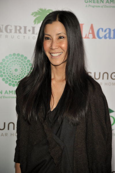 Lisa Ling's straight, sleek hairstyle