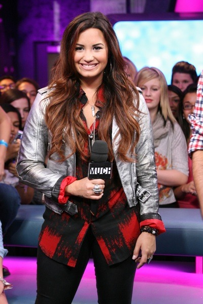 Demi Lovato in plaid