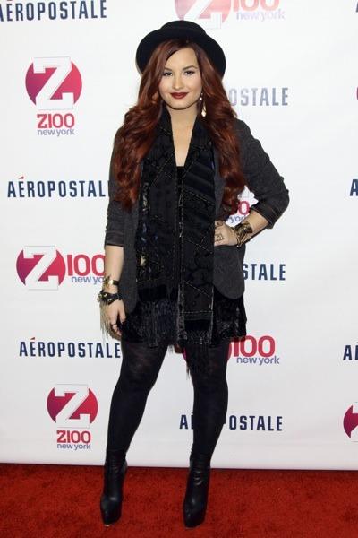 Demi Lovato opaque tights