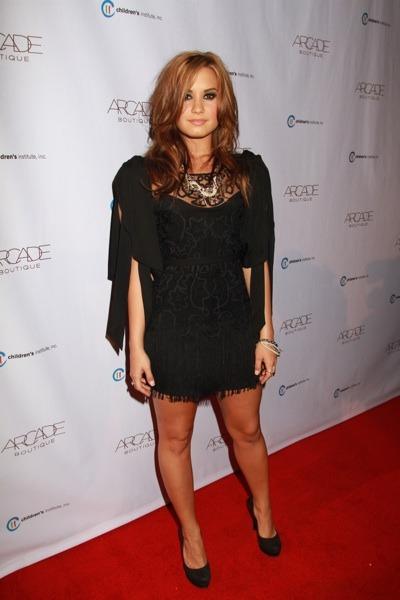 Demi Lovato in lace