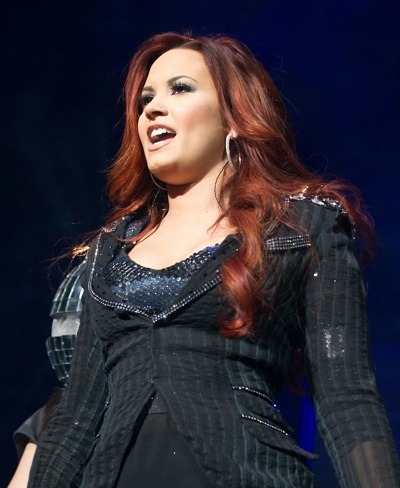 Demi Lovato in sequins