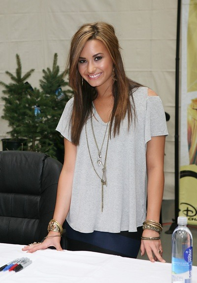 Demi Lovato and her bangles