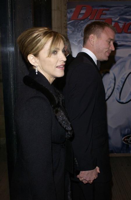Madonna & Guy Ritchie (2001)