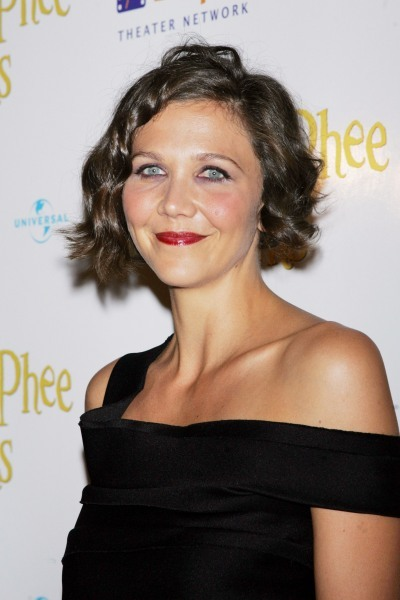 Maggie Gyllenhaal's classic, wavy hairstyle