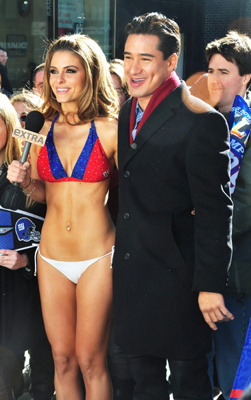 Maria Menounos wears a New York Giants bikini