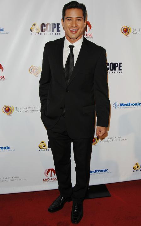 Mario Lopez red carpet