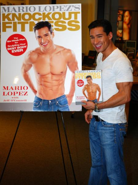 Mario Lopez book signing
