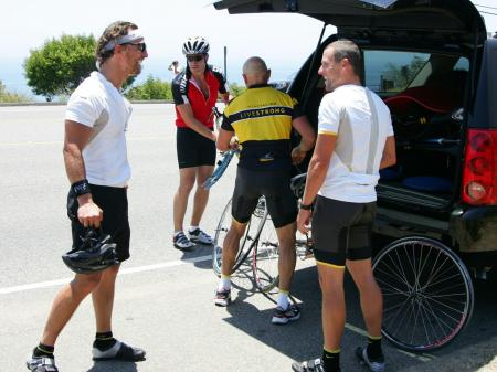 Matthew McConaughey and Lance Armstrong get ready to ride
