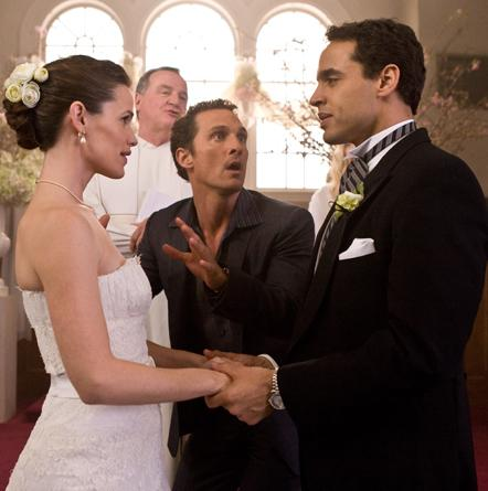 Matthew McConaughy, Jennifer Garner, and Daniel Sunjata in Ghosts of Girlfriends Past.