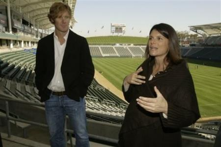Mia Hamm and Alexi Lalas