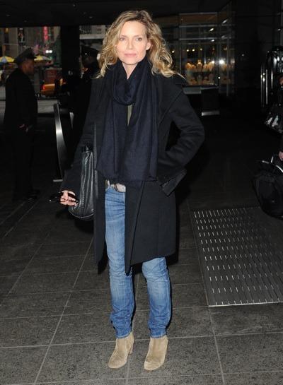 Michelle Pfeiffer in jeans