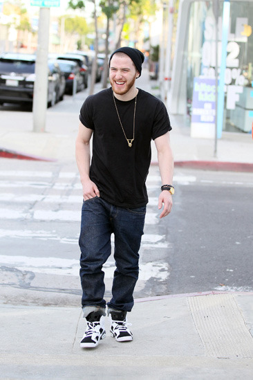 Mike Posner leaves the Urth Cafe in West Hollywood
