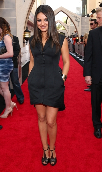 Mila Kunis all black