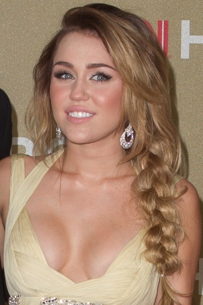 Miley Cyrus with side braid