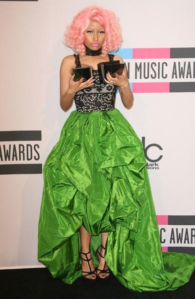 Nicki Minaj in green skirt