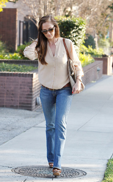Minka Kelly on her way to get her hair done