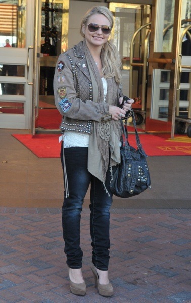 Miranda Lambert in studded jacket