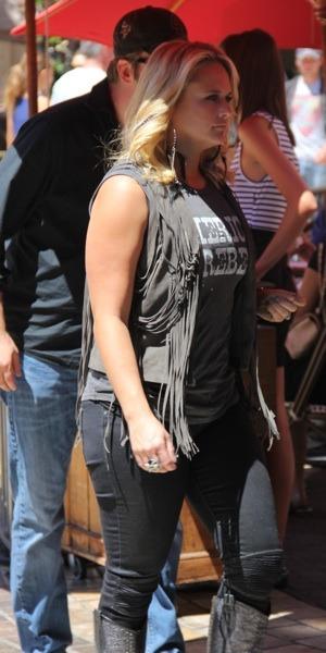 Miranda Lambert in grey vest