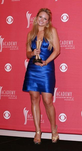Miranda Lambert in electric blue