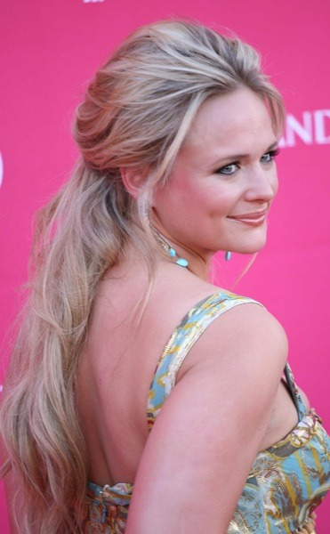 Miranda Lambert with cascading hair