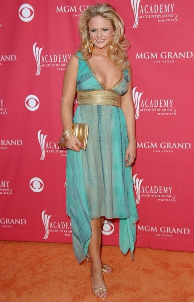 Miranda Lambert with gold accessories
