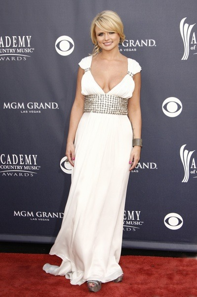 Miranda Lambert in white gown
