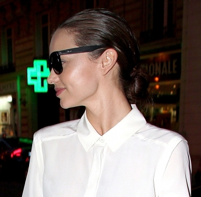 Miranda Kerr's slicked back 'do