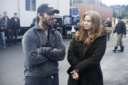 Zack Snyder and Amy Adams on set