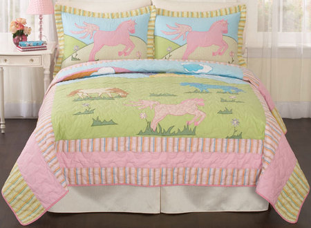 My Pony Girls Quilt - Girls' bedroom ideas