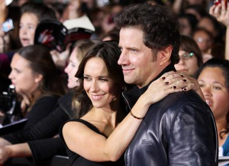 Jennifer Love-Hewitt and Jamie Kennedy
