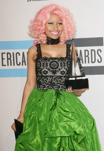 Nicki Minaj's pink curls