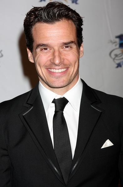Antonio Sabtao, Jr., at Elton John Oscar Event