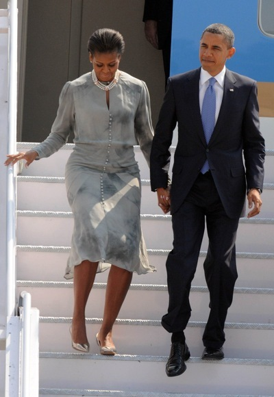 Michelle Obama wearing perls