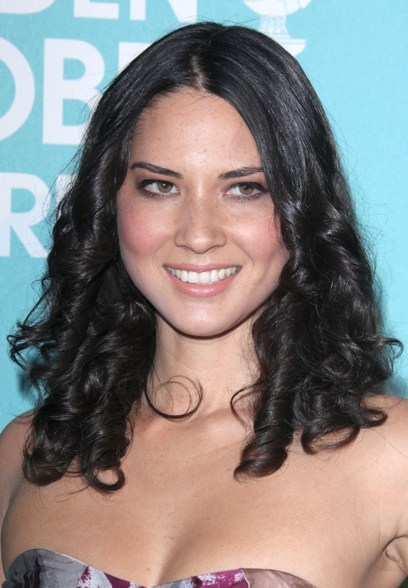 Olivia Munn's gorgeous, curly hairstyle