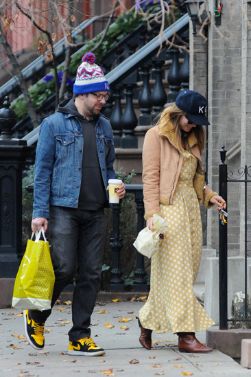 Jason Sudeikis and Olivia Wilde take a stroll in Manhattan