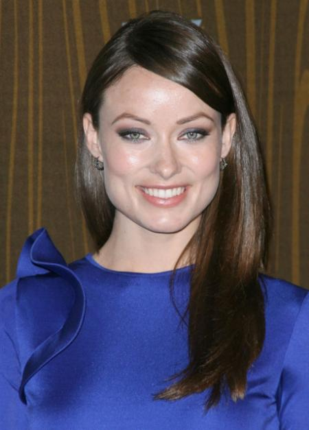 Olivia Wilde's simple long hairstyle