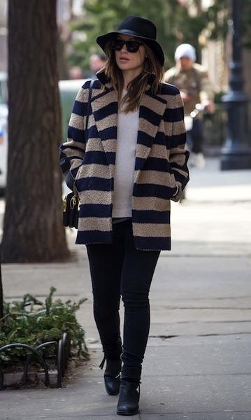 Pregnant Olivia Wilde