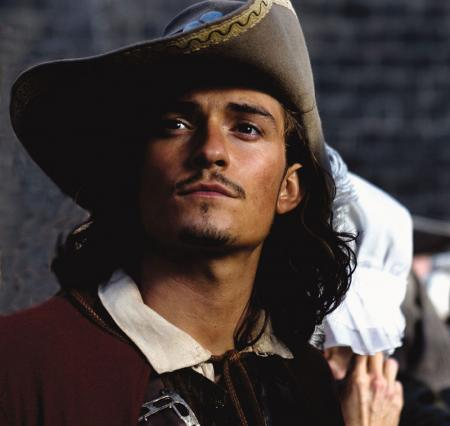 Orlando Bloom Pirate still