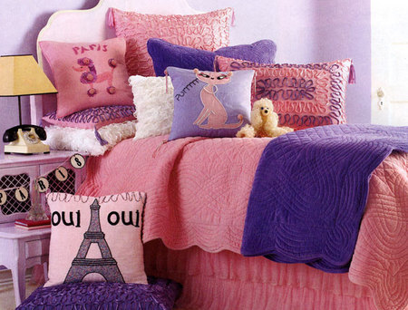 Oui Oui Paris Girls Bedding Set - Girls' bedroom ideas
