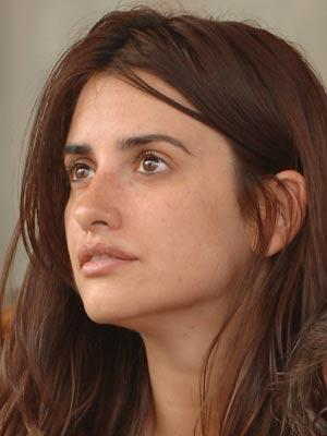 Penelope Cruz Fashion Style. Penelope Cruz without makeup
