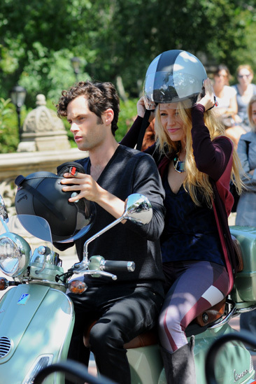 Penn Badgley & Blake Lively