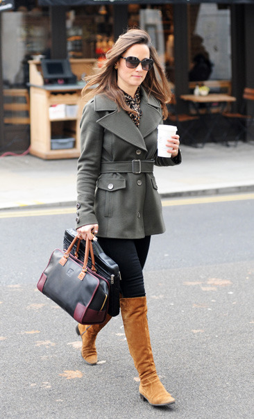 Pippa Middleton does the daily grind