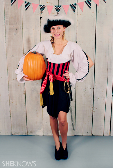 Halloween costume ideas: Lady Pirate