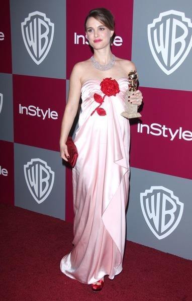 Natalie Portman in pale pink