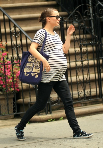 Natlie Portman's pregnant style