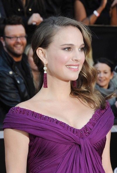 Natalie Portman in tassle earrings