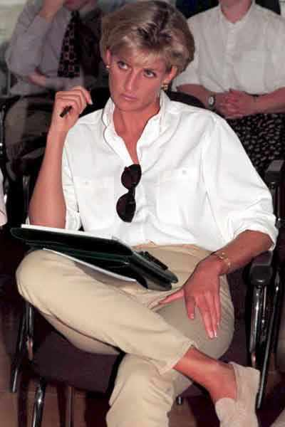 Princess Diana - Casual-Chic