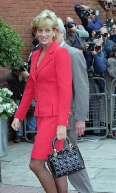 Diane Bags on Princess Diana Suited For Royalty   Princess Diana S Iconic Fashions