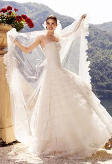 Pronovias 