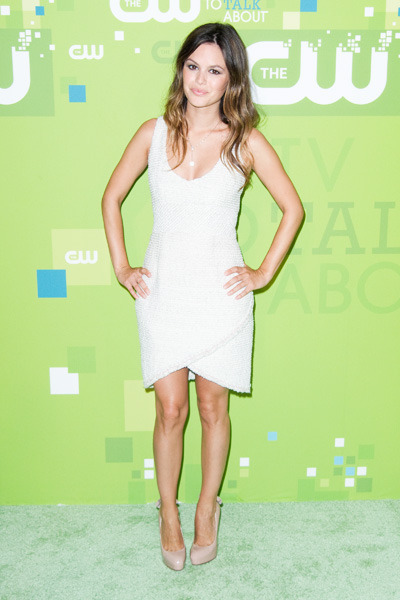 Rachel Bilson arrives at a CW event